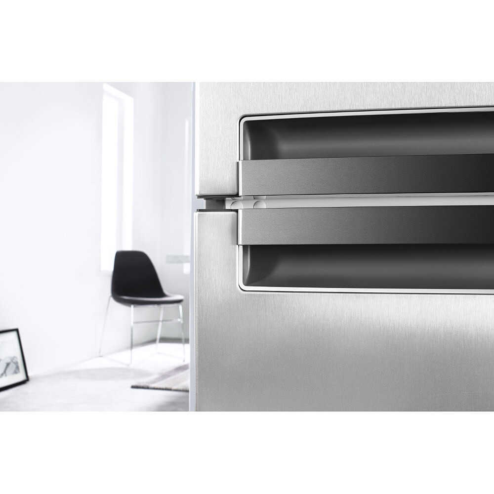 BSNF 8152 OX Whirlpool frigorifero combinato 316 litri classe A++ ...