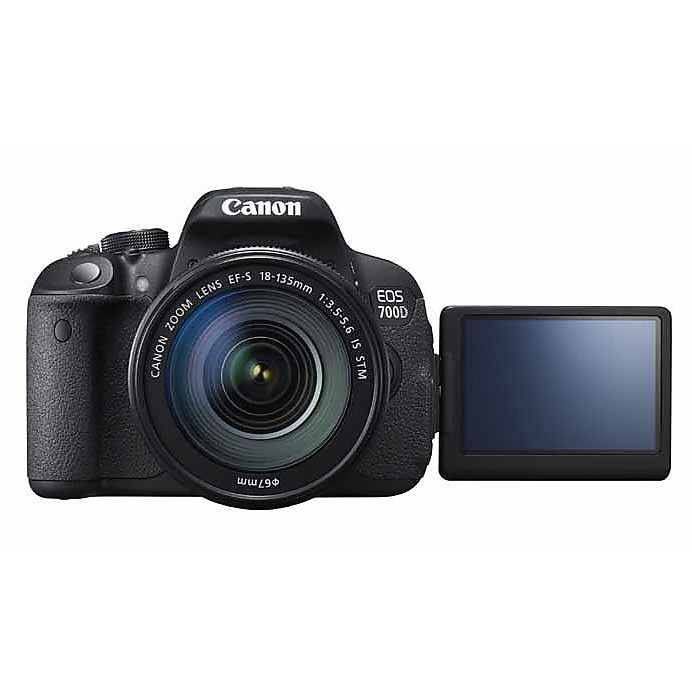Fotocamera reflex eos 700d + ef-s 18-55 is stm