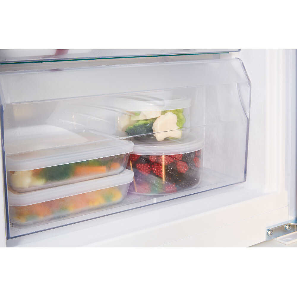 Hotpoint/Ariston BCB 7525 D AAA frigorifero combinato da incasso 290 ...