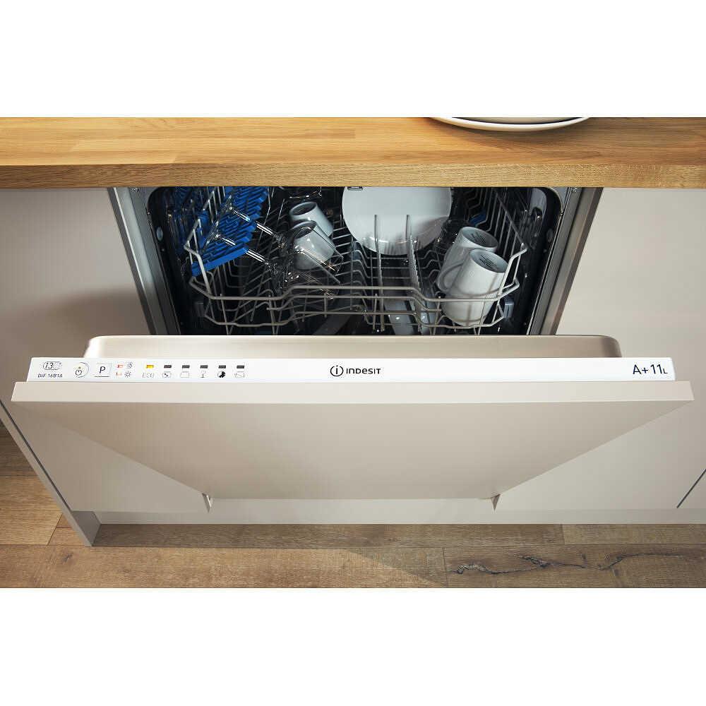 Indesit DIF14B1EU lavastoviglie a scomparsa totale 13 coperti 4 ...