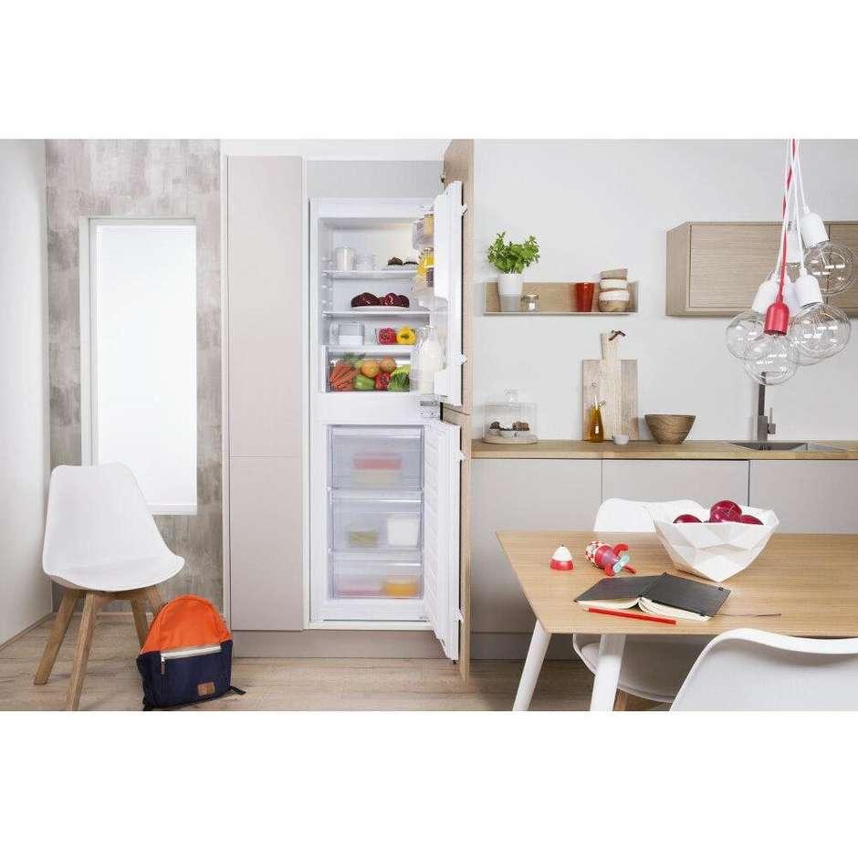 Indesit T 16 A1 D S/I frigorifero doppia porta da incasso 240 litri classe A+ Statico