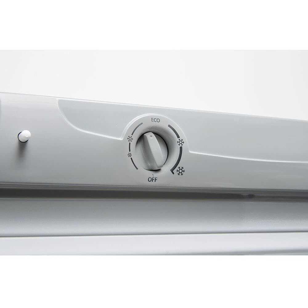 Indesit taan 6 fnf s frigorifero doppia porta 378 litri for Frigorifero indesit no frost