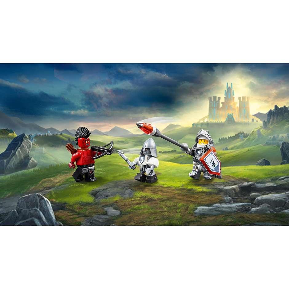 lego nexo knights: cavallo meccanico di lance