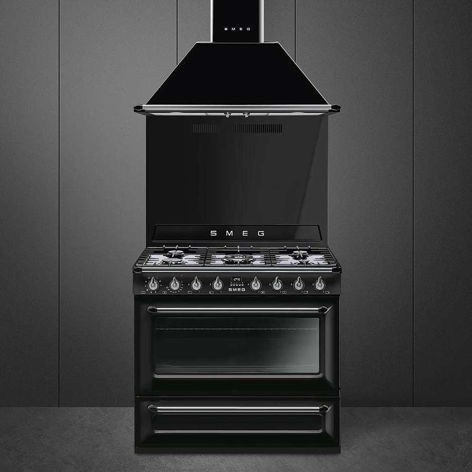 Smeg tr90bl9 cucina 90x60 5 fuochi a gas forno termoventilato 115 litri classe a colore nero - Cucina a gas smeg ...