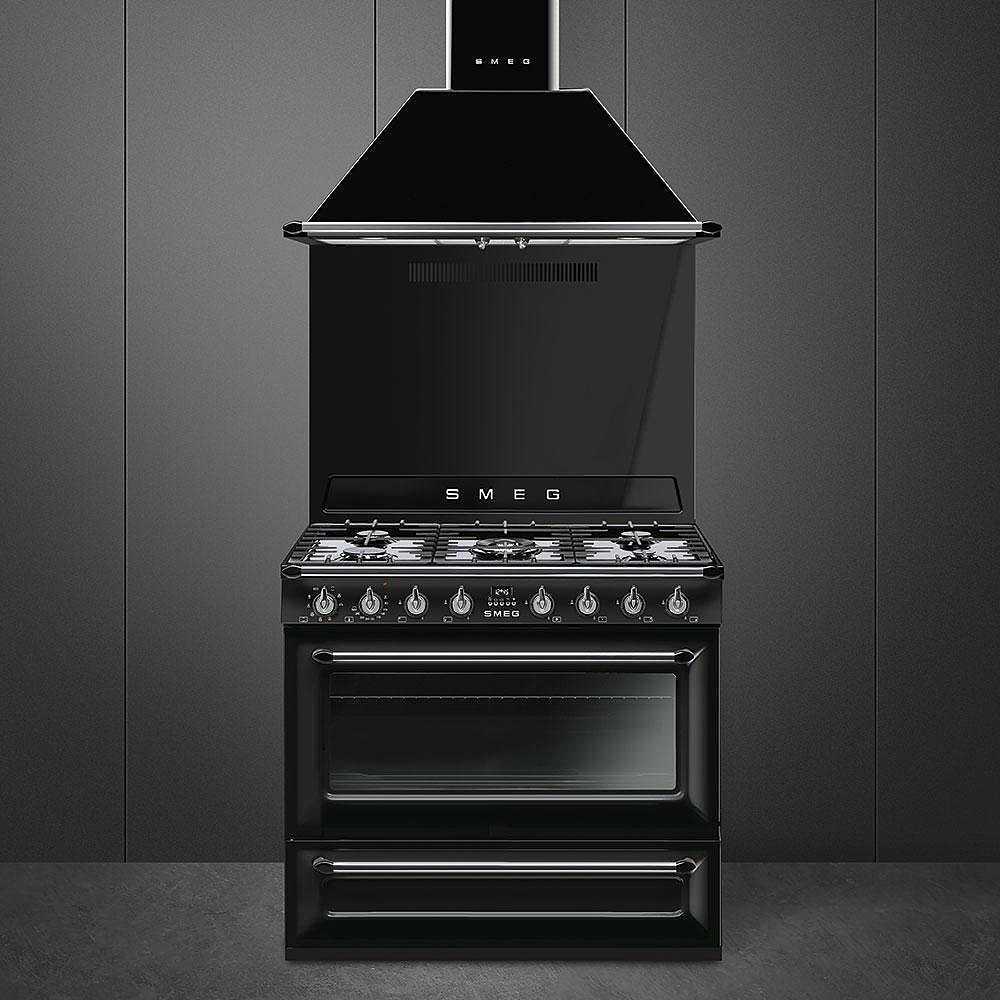 Smeg tr90bl9 cucina 90x60 5 fuochi a gas forno termoventilato 115 litri classe a colore nero - Smeg cucina gas ...