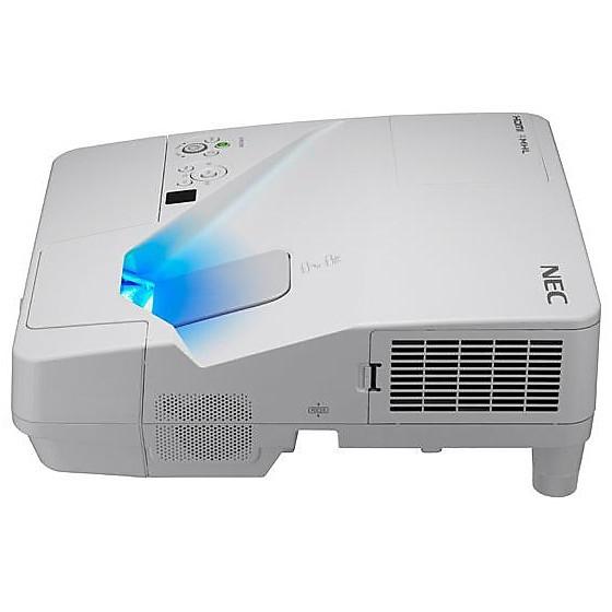 um301x projector incl. wall mount