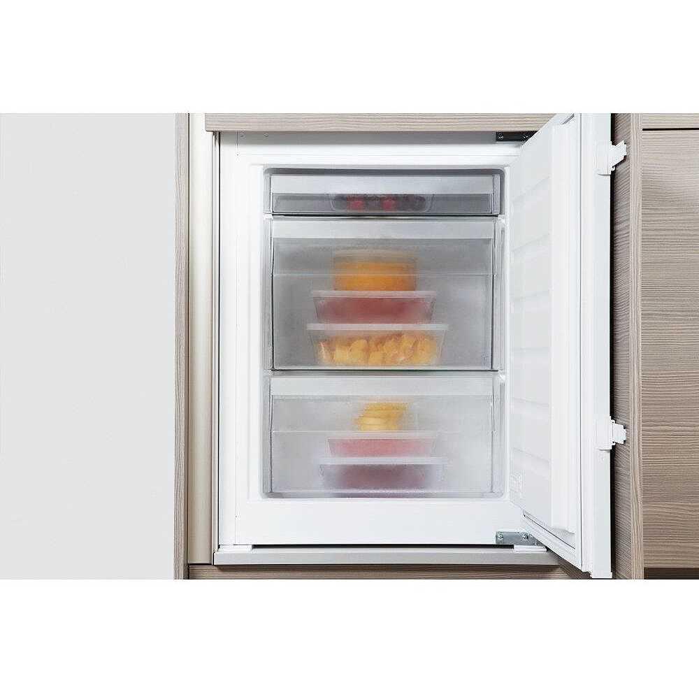 Whirlpool ART 6610/A++ frigorifero combinato da incasso 275 litri ...